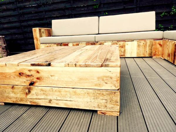 beefy pallet deck sofa set
