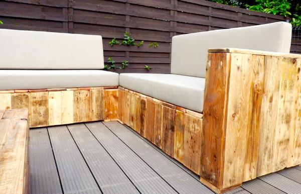 repurposed wooden pallet beefy sofa set