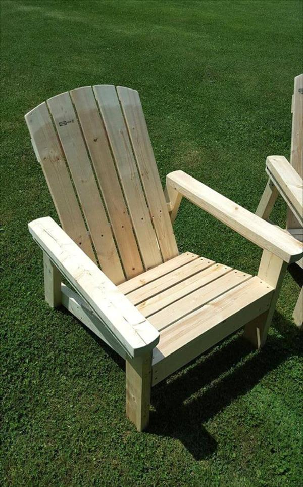 diy pallet Adirondack chairs