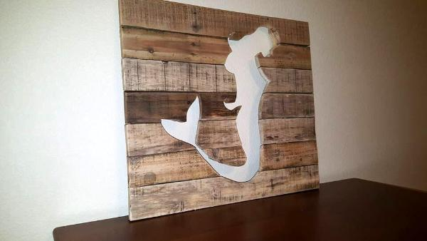 reclaimed pallet mermaid wall art