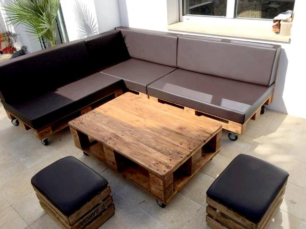 handcrafted wooden pallet sofa set