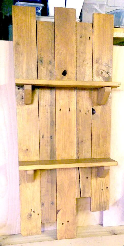wooden shelf made of pallets