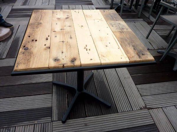 upcycled pallet and reclaimed one leg metal table