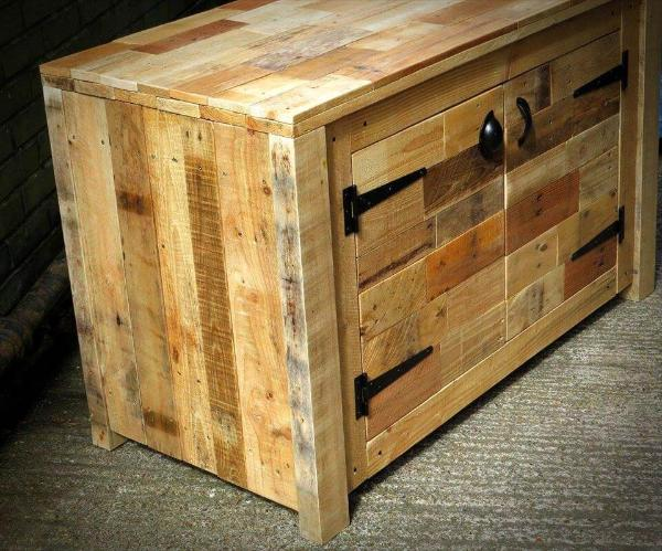 upcycled pallet wood sideboard
