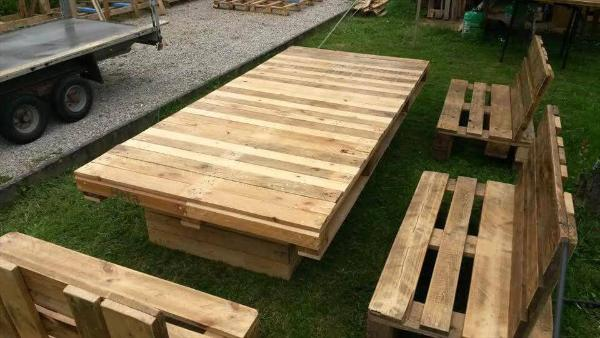 diy pallet spacious lounge sitting set