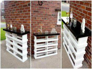 DIY Pallet Bar with Glass Top