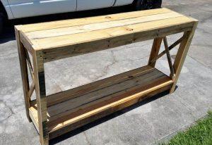 Wood Pallet Entryway Table – DIY