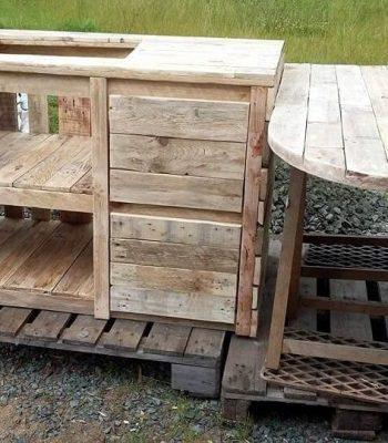 pallet kitchen island and table