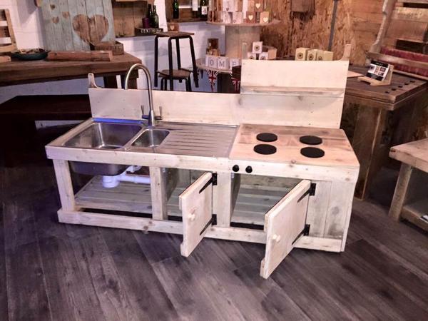 storage-friendly pallet kids mud kitchen