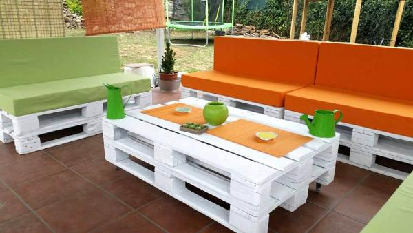 custom wooden pallet sitting furniture set