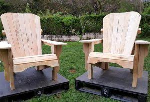 Unfinished Pallet Adirondack Chairs for Garden