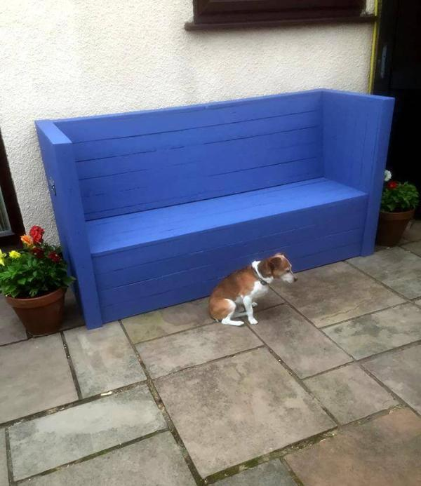 pallet made outdoor sofa