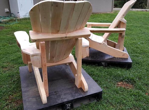 Charmant Recycled Pallet Adirondack Chairs