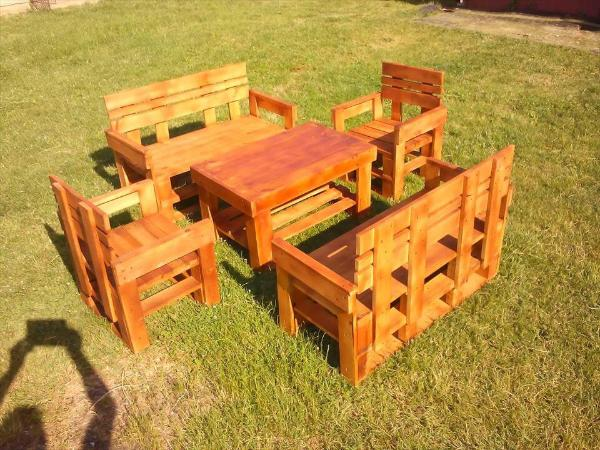wooden pallet garden sitting set