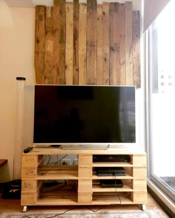 wooden pallet TV stand and media wall