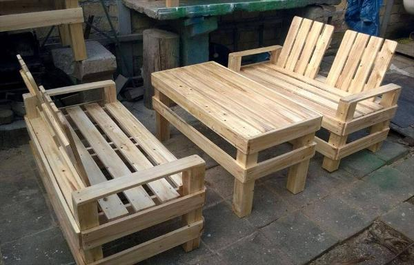 handmade pallet patio seating set & Wooden Pallet Patio Furniture Set u2013 101 Pallets