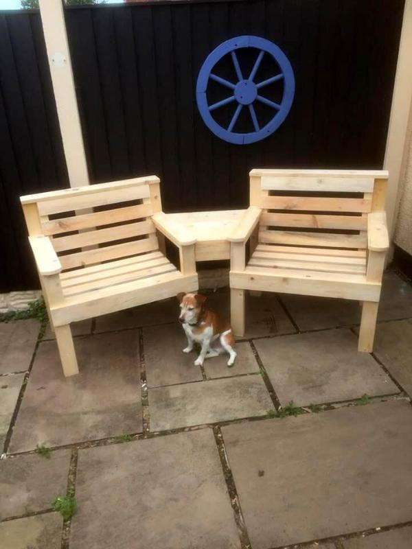 wooden pallet arm chairs