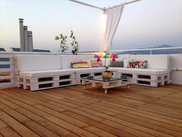 custom white painted pallet terrace sofa