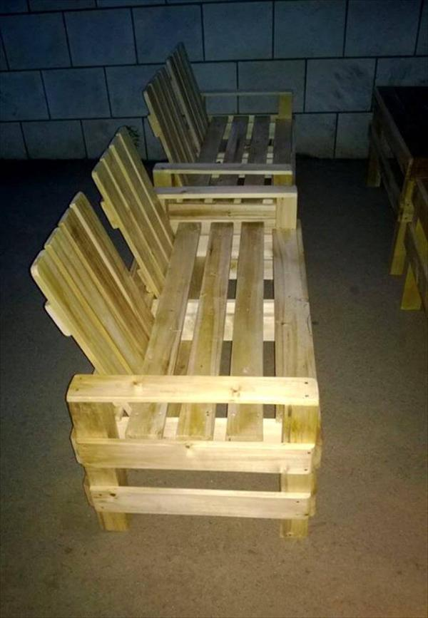 Reclaimed pallet patio seating set