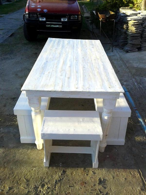 white painted pallet outdoor dining set