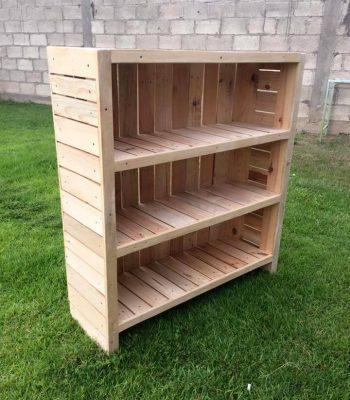 handmade pallet bookcase