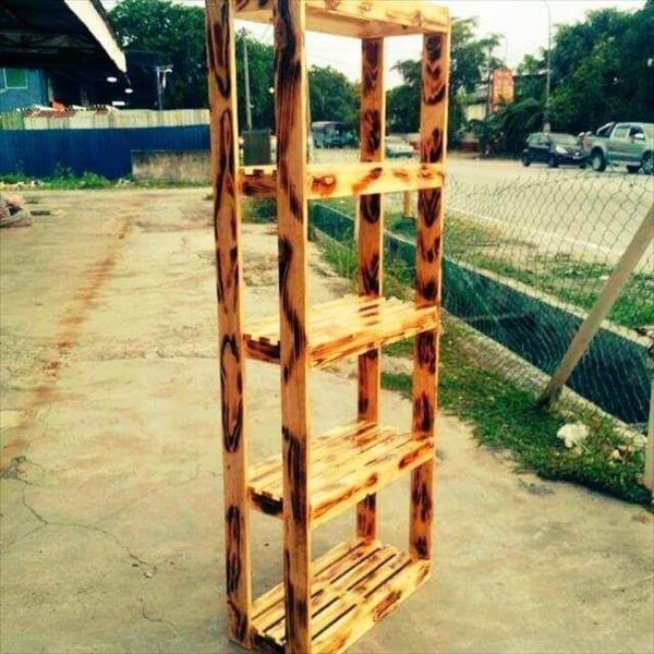 rustic style pallet bookshelf