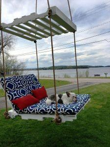 DIY Pallet Lounge Swing – Step by Step