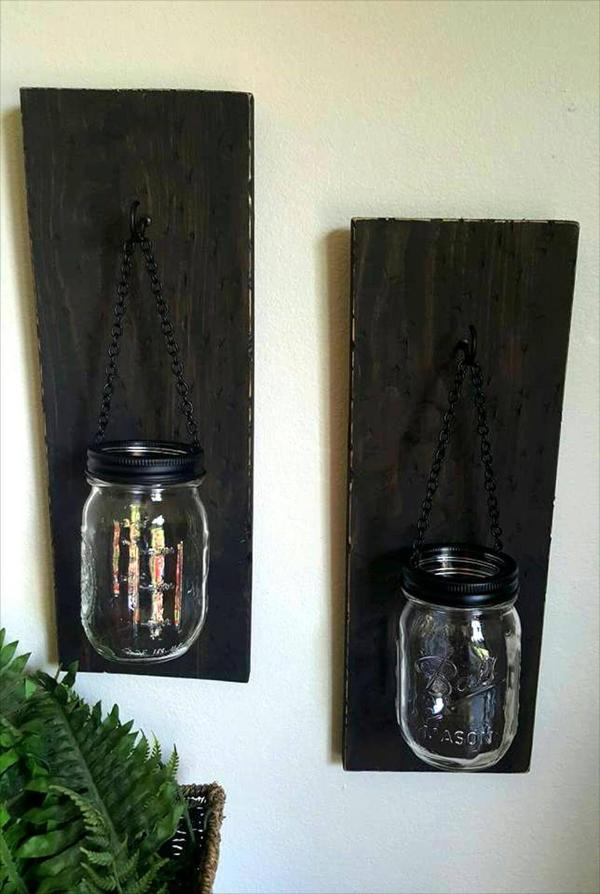 Re-purposed pallet and mason jar organizer