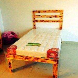 single pallet bed