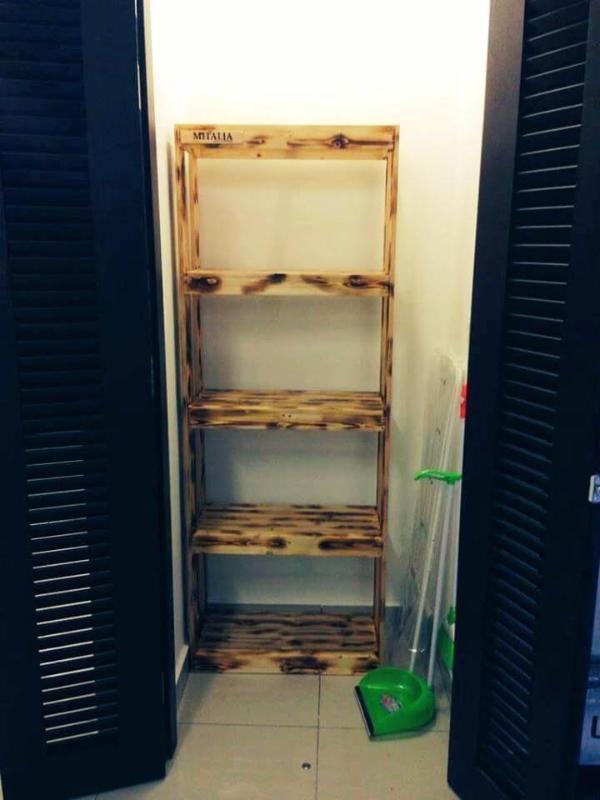 slim style pallet bookshelf