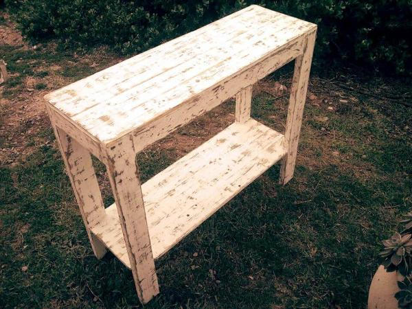 wooden pallet console table