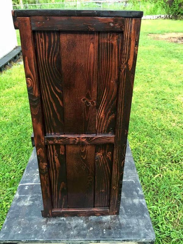 pallet made dresser design