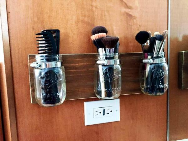 Wooden pallet make up brush holder