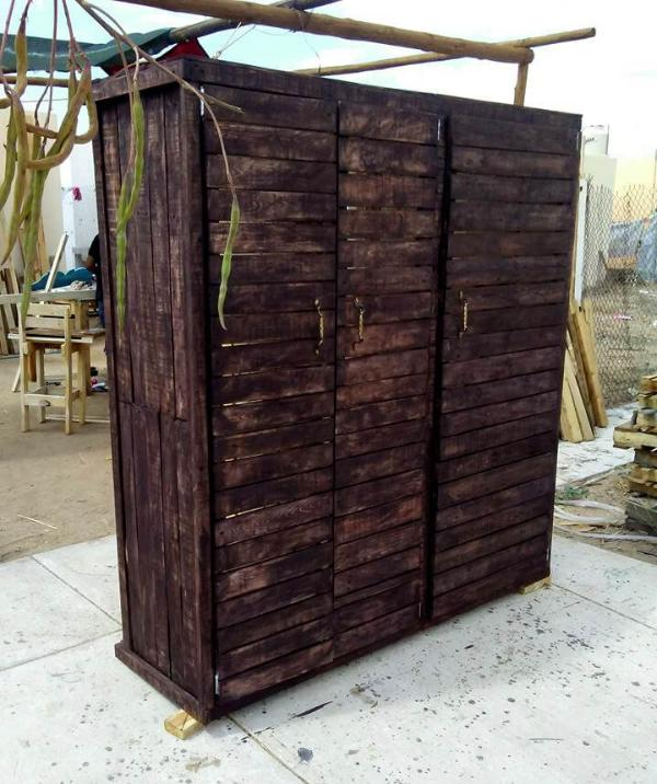 wooden pallet wardrobe or closet