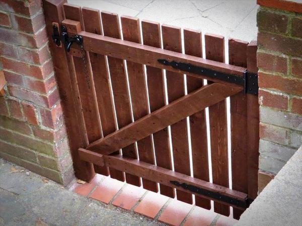 wooden pallet garden gate