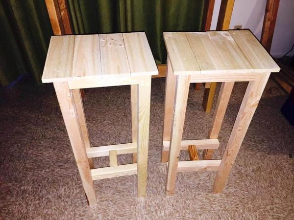 wooden pallet bar height stools