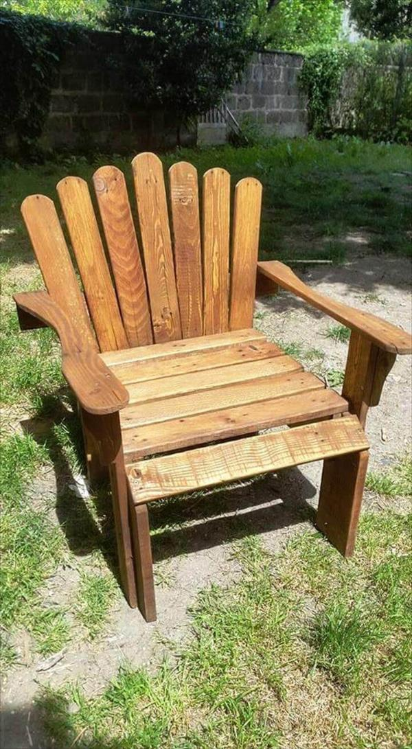 robust pallet Adirondack chair