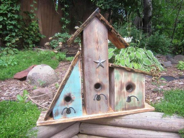 handcrafted pallet garden birdhouses