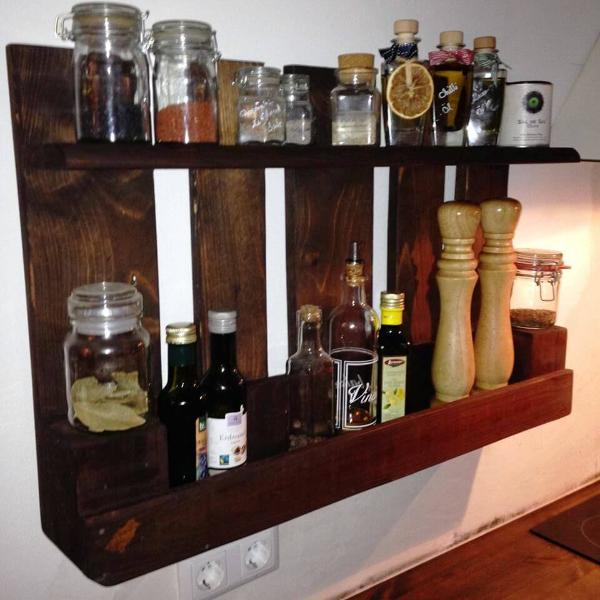 diy pallet liquor shelf