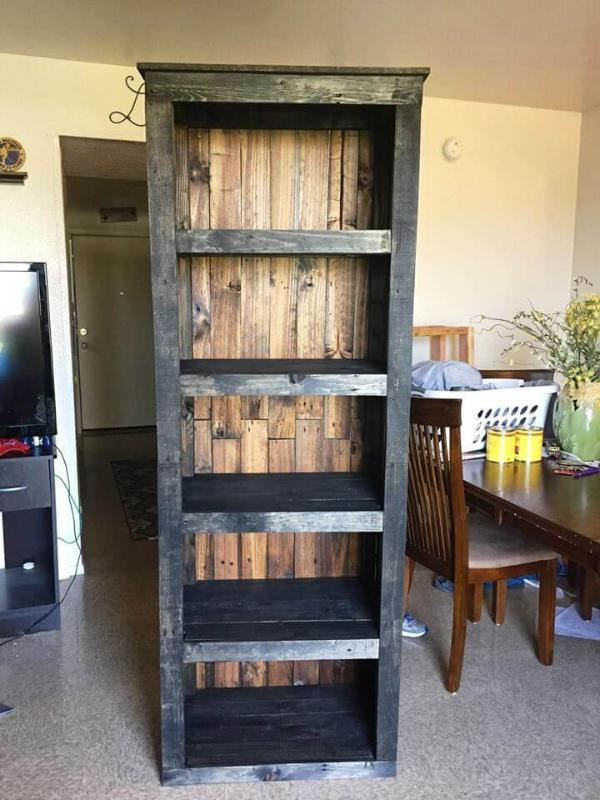 pallet bookshelf or storage tower