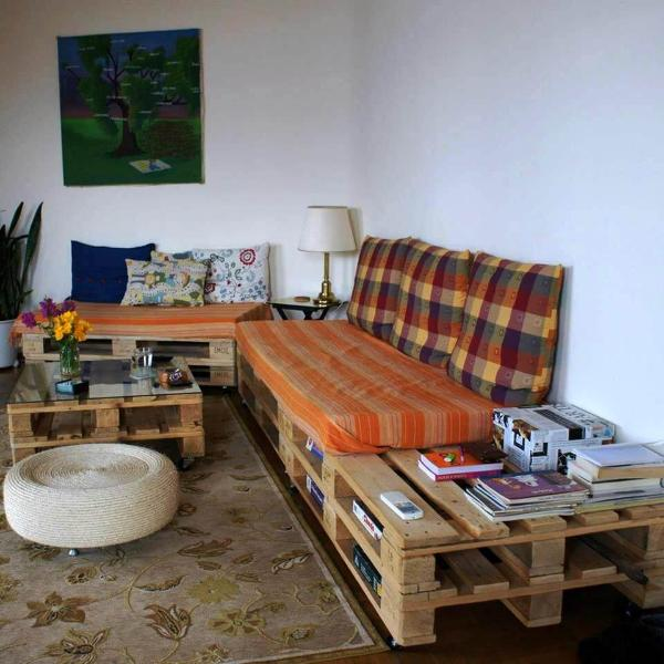 handcrafted cushioned pallet sitting set