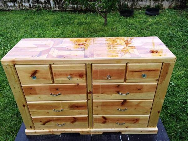 beautiful wooden pallet chest of drawers