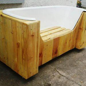 self-made pallet and old bathtub bench
