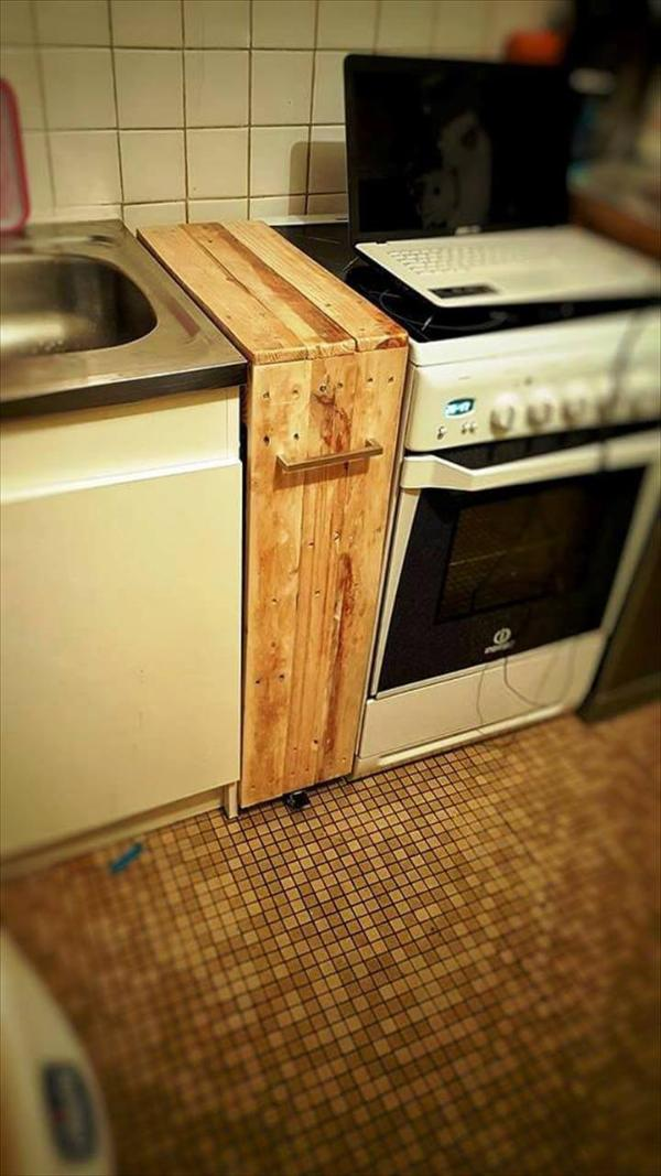 custom-built pallet laundry room rack