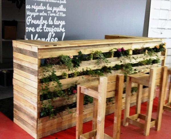 handmade pallet planter bar with matching stools