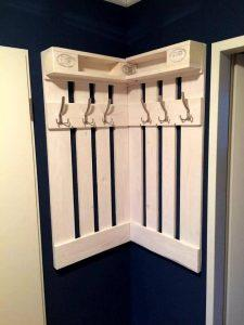 beautiful pallet corner coat rack