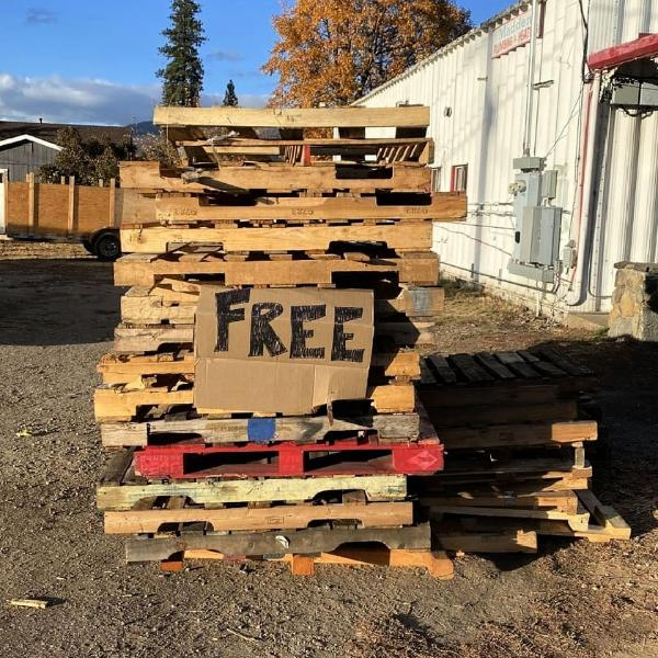 How to Recycle Wooden Pallets into Furniture