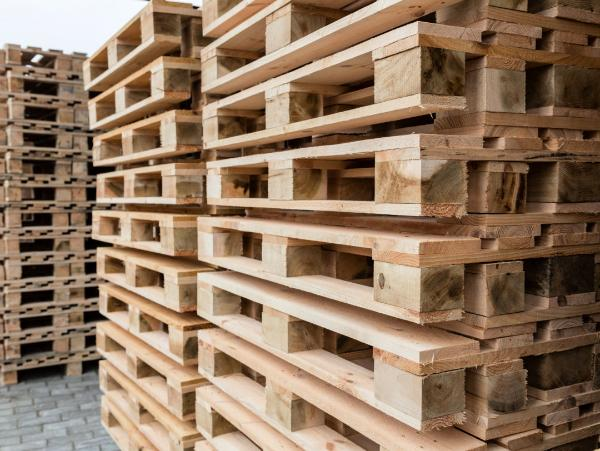 17 Unique Uses For Wooden Pallets