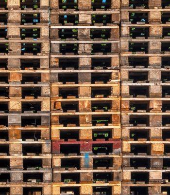 how to make a great footwear storage rack from pallets